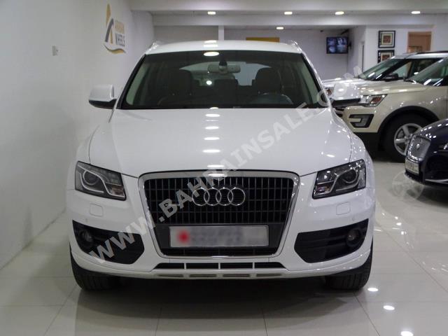 Audi - Q5  for sale in Manama